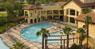 柏克莱奥兰多酒店(无度假村费用) - 基西米 - 游泳池