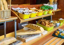 图卢兹中央车站宜必思经济型酒店 - 图卢兹 - 自助餐