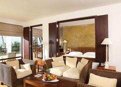 杰特威沙滩酒店 - 尼甘布 - 睡房