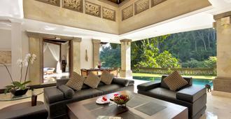 巴厘岛总督别墅度假村 - 乌布 - 客厅