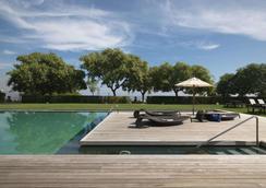 巴塞罗那美丽华酒店 - 巴塞罗那 - 游泳池
