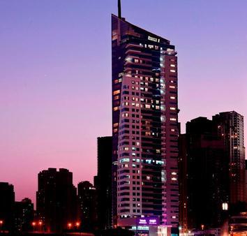 迪拜海滨都喜酒店公寓 - 迪拜 - 建筑