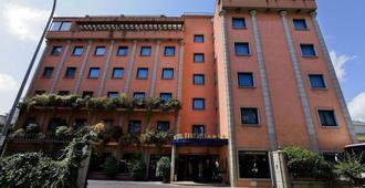缇贝托大酒店 - 罗马 - 建筑