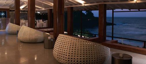 果阿泰姬堡阿瓜达度假酒店 - 坎多林 - 酒吧