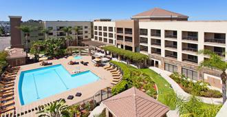 圣地亚哥市中心万怡酒店 - 圣地亚哥 - 游泳池