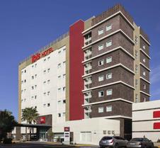 宜必思契瓦瓦酒店