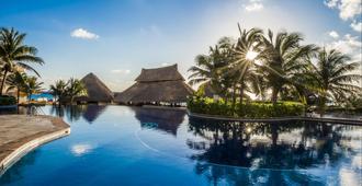 费斯塔美国酒店&度假村 - 坎昆 - 游泳池