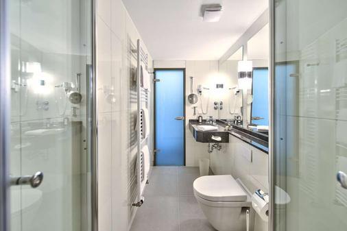 奇乐酒店 - 萨尔布吕肯 - 浴室