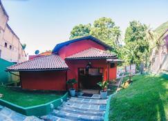 Hostel Refugio - Vila do Abraao - 建筑