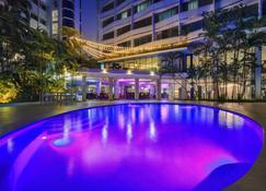 巴拿马欧式酒店 - 巴拿马城 - 游泳池