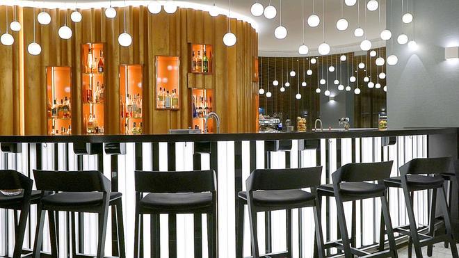 大都市酒店 - 华沙 - 酒吧