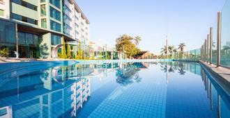 波苏斯迪卡尔达斯温泉度假村 - 式 - 波苏斯-迪卡尔达斯 - 游泳池