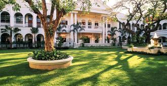 泗水 - 美憬阁满者伯夷酒店 - 泗水 - 建筑