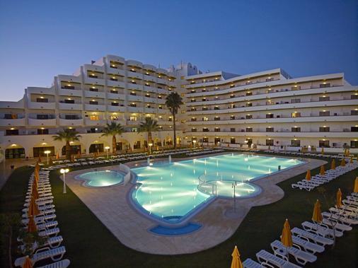 布里萨索尔公寓式酒店 - 阿尔布费拉 - 建筑