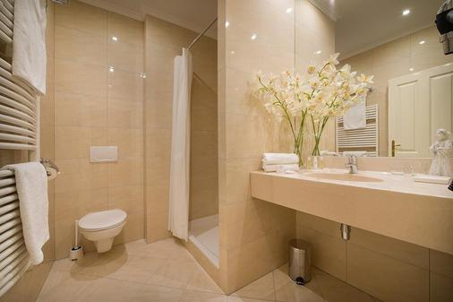 格雷斯酒店 - 布拉格 - 浴室