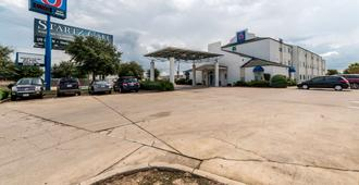 Motel 6 San Antonio South - 圣安东尼奥 - 建筑