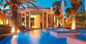 格雷科泰克雷塔皇庭酒店 - 罗希姆诺 - 游泳池