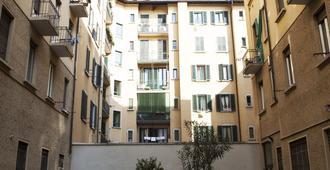 麦玛洪阿莱西亚公寓 - 米兰 - 户外景观