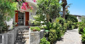 门多利塔酒店 - 利帕里 - 户外景观