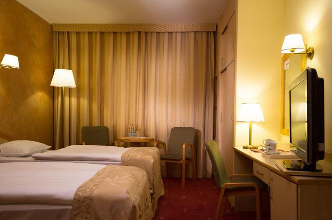 Hp公园广场酒店 - 弗罗茨瓦夫 - 睡房