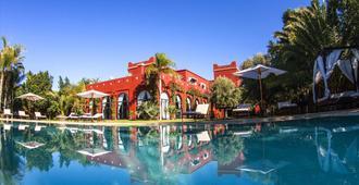 艾尔米莉亚宫酒店 - 马拉喀什 - 游泳池