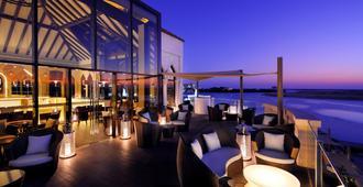 阿布扎比洲际酒店 - 阿布扎比 - 餐馆