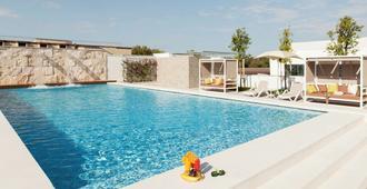 柔居公寓酒店-罗马梵蒂冈 - 罗马 - 游泳池