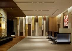 大阪普米尔三井花园饭店 - 大阪 - 大厅
