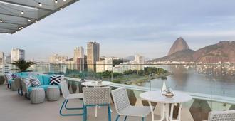 优2里约热内卢因特西迪酒店 - 里约热内卢 - 阳台