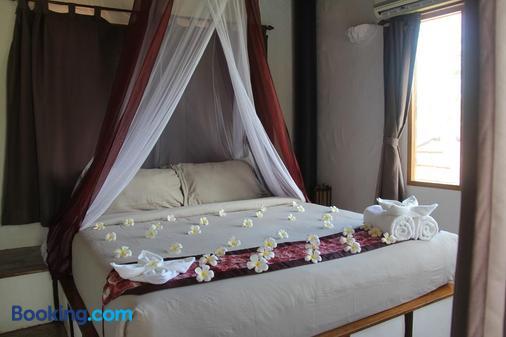 阿南凯拉别墅度假村 - 龟岛 - 睡房