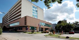 阿万蒂酒店 - 布尔诺 - 建筑