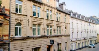 阿哈特普利米尔威斯巴登城市酒店 - 威斯巴登 - 建筑