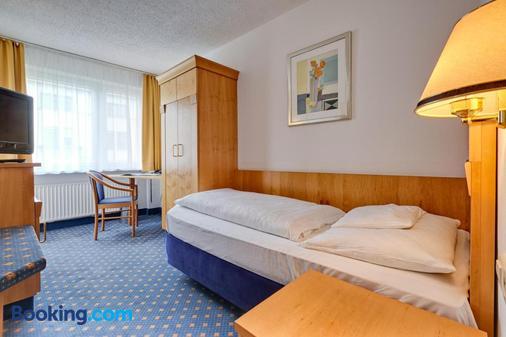 火湖酒店 - 斯图加特 - 睡房