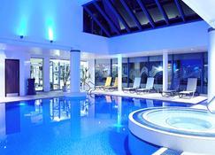 诺富特加的夫中心酒店 - 卡迪夫 - 游泳池
