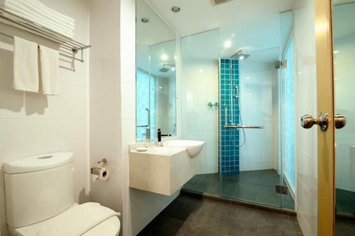 欧胜娜酒店 - 亚庇 - 浴室