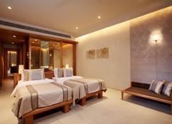 普吉岛斯攀瓦酒店 - 威七 - 睡房