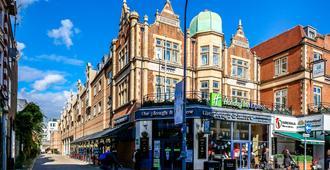 伦敦汉默史密斯智选假日酒店 - 伦敦 - 户外景观