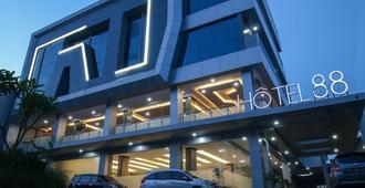 腾盯雅加达88酒店 - 雅加达 - 建筑