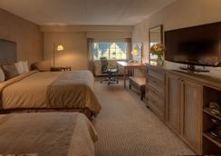 诺曼底贝斯特韦斯特优质套房酒店 - 明尼阿波利斯 - 睡房