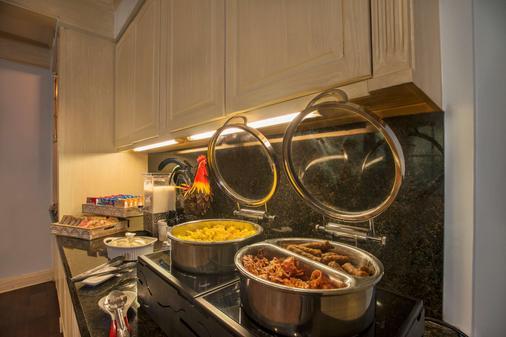 比恩维尔之家酒店 - 新奥尔良 - 自助餐