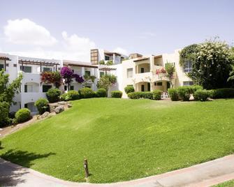 格拉纳达罗宾逊俱乐部酒店 - 莫罗德哈布雷 - 建筑