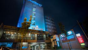 格鲁格尔枫叶酒店 - 雅加达 - 建筑