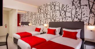 欧美宫殿酒店 - 罗马 - 睡房
