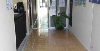 Deja Hostel Suites - 卡门海滩 - 门厅