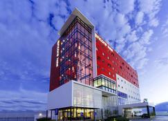 墨西哥安可普埃布拉华美达酒店 - 普埃布拉 - 建筑