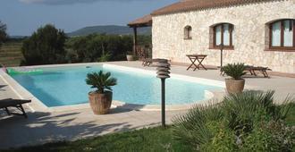 卡斯蒂格里亚斯住宿加早餐旅馆 - 阿尔盖罗 - 游泳池