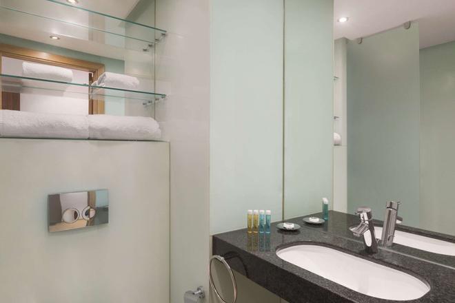 丹吉尔温德姆华美达安可酒店 - 丹吉尔 - 浴室