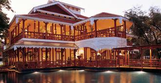 贝尔蒙德总督府酒店 - 仰光 - 建筑