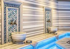 伊斯坦堡博斯普鲁斯诺富特酒店 - 伊斯坦布尔 - 游泳池