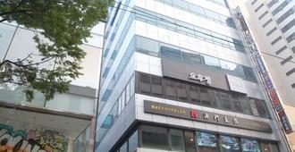 明洞1号步伐旅舍 - 首尔 - 建筑